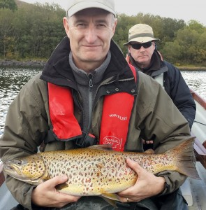 richie@guidefishingireland.com
